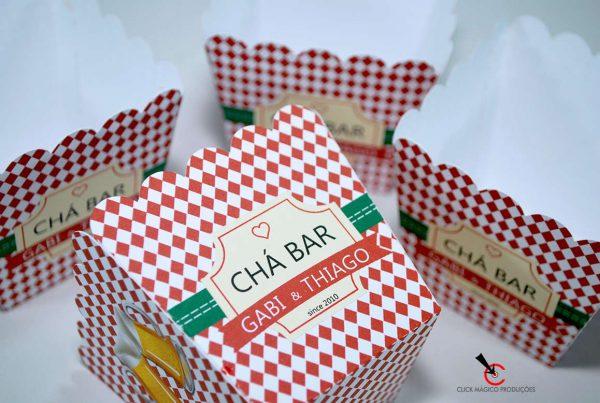 cachepot-chá-bar-vermelho-e-branco