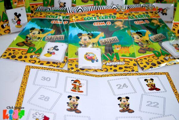 Album-de-figurinhas-mickey-safari